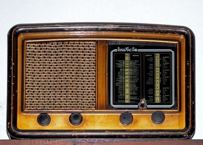 avis radio vintage